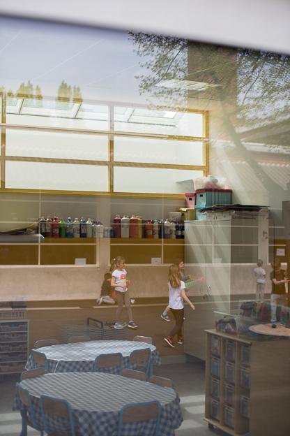VMS EcoleRené Guest, Paris Daylight & Architecture © (c) Thekla Ehling ,  Koernerstrasse 6-8 ,  50823 Koeln , Germany ,   mobil+49(0)1777635242 ,  http://www.thekla-ehling.de ,  t.ehling@netcologne.de ,  Konto: ING- D i B A F r a n k f u r t ,  BLZ: 500 105 17,  Kto-Nr: 5400 23 24 11 ,  Verwendung nur gegen Honorar + MwSt und Beleg. Urhebernennung wird verlangt.  Keine Rechte Dritter verfuegbar, es gelten die Allgemeinen Geschaefts Bedingungen